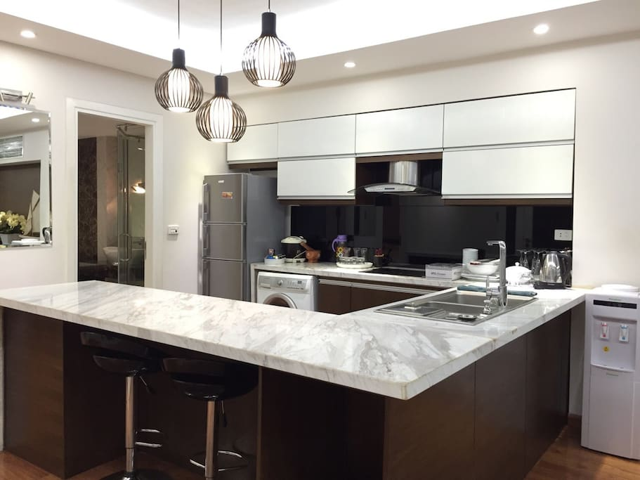 Spacious and fully-equiped kitchen