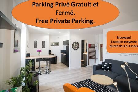 charming T2  with free private parking