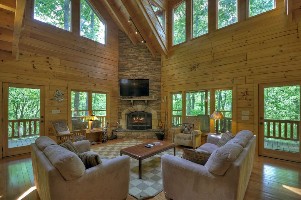 Mountain Blessing - Living Area