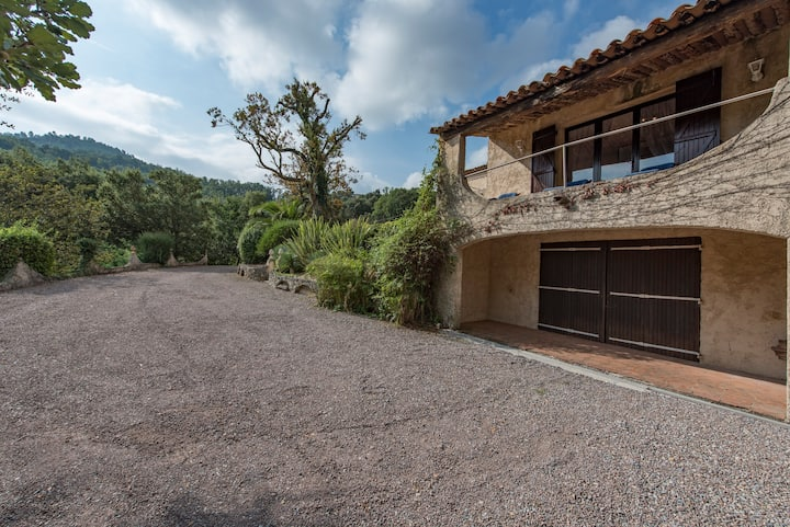 BEAUTFUL HOUSE WITH POOL AND VIEW - LES ADRETS