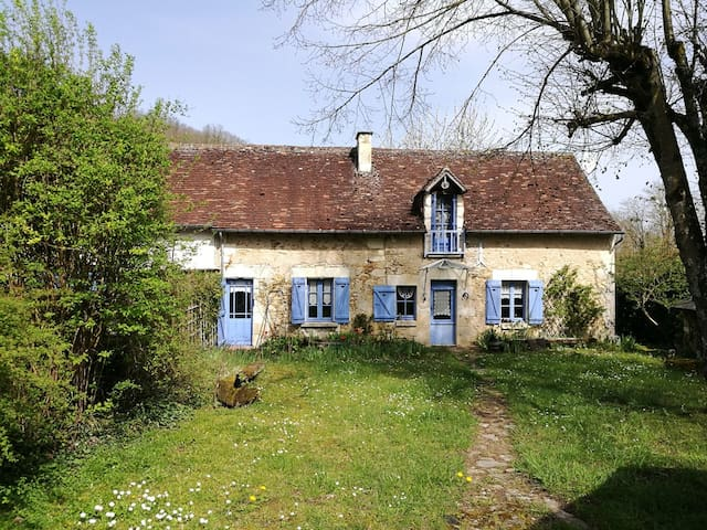 Charming cottage in the Loire Valley