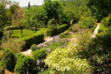 Country cottage in rural Umbria - Molino Vitelli
