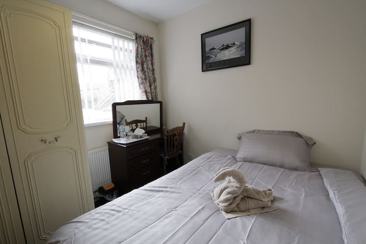 Cozy Room in flat in (very) central area - Belfast - Byt