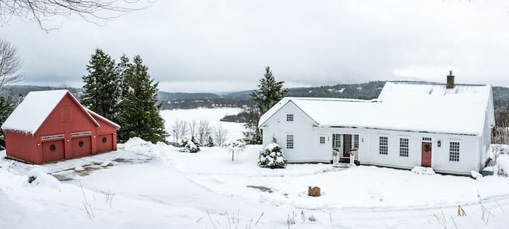 The Modern Farmhouse with Panoramic Views