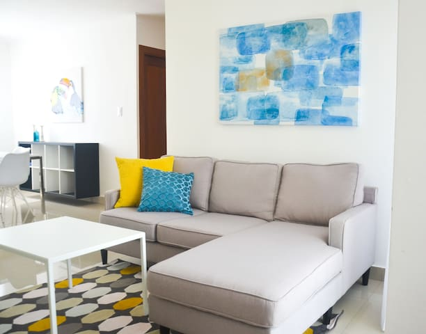 Cozy and Modern Apt in Santiago. (Pool+AC+Movies)