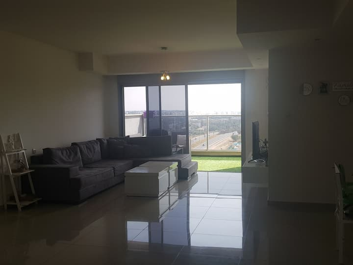 5 bedroom apartment in ashkelon