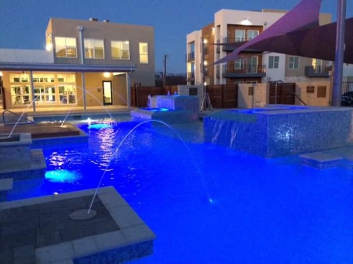 5 BR Resort - Magnolia, Baylor, BSR, sleeps 10#913