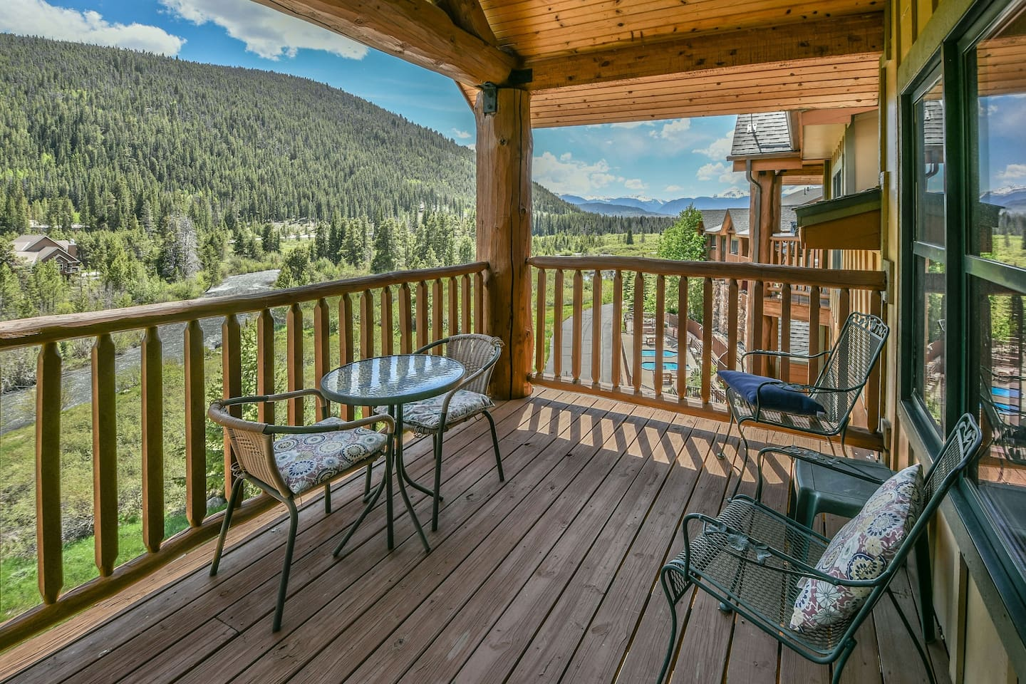 Large private balcony with Mountain views!