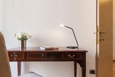 Cavour 57 - elegante residenza in città- p