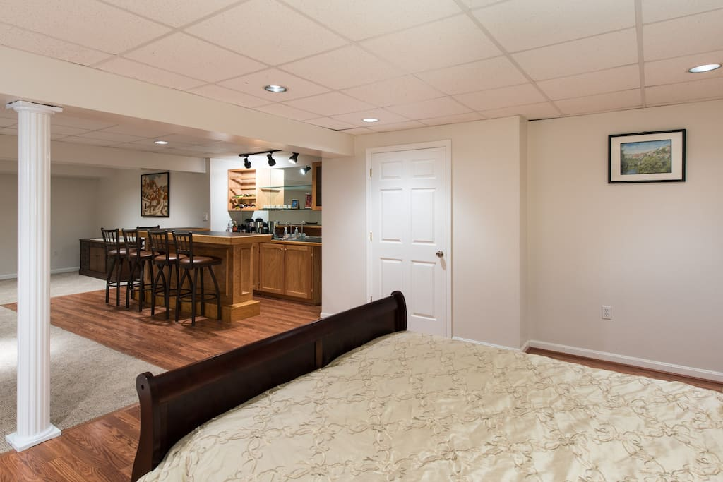 huge private basement in natl harbr apartments for rent in fort