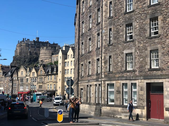 Grassmarket studio-Close to Castle & Royal mile