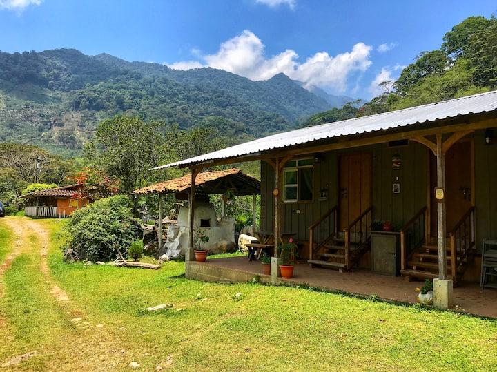 Experiencia de montaña en 'La Aguja' (Room #1)
