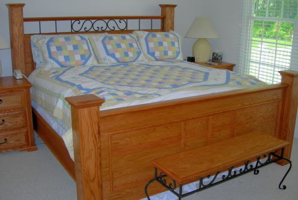 MBR 1: King Bed w Serta Perfect Sleeper Mattress for Your Snoozing Pleasure! 2 MBR Suites in this home - both w king beds