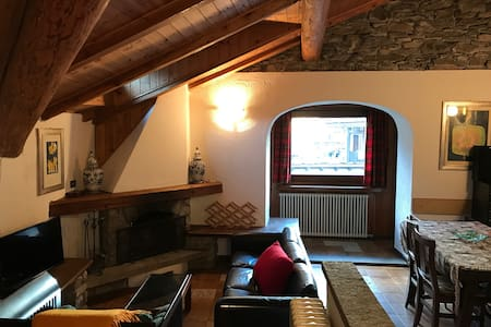 Splendid attic loft / Amazing view - Palleusieux