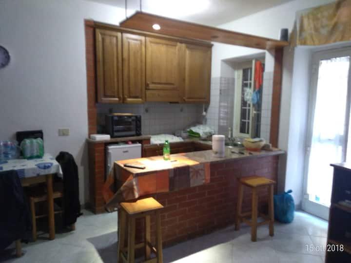 Monolocale in affitto in centro storico a Rio Elba