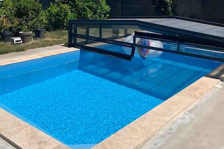 Studio meublé avec accès piscine