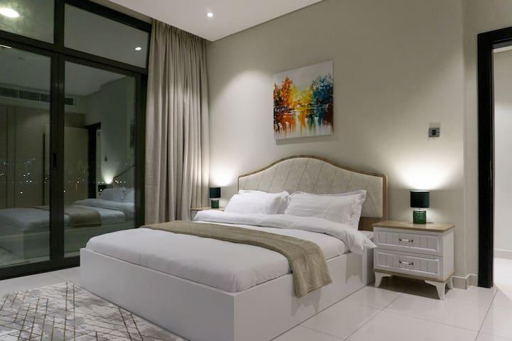Luxury stay in Meydan the galleries Dubai