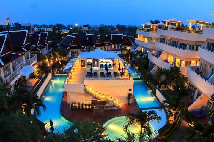 Big 2 Bedroom Suite with Breakfast @Phunawa Resort