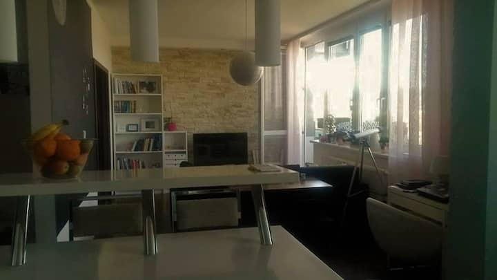 Super cozy 2 room apartment close to IIHF stadium