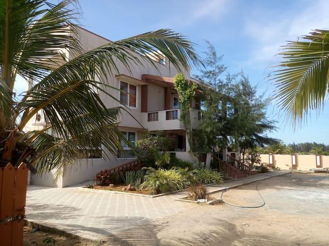 LandsEnd Beach house