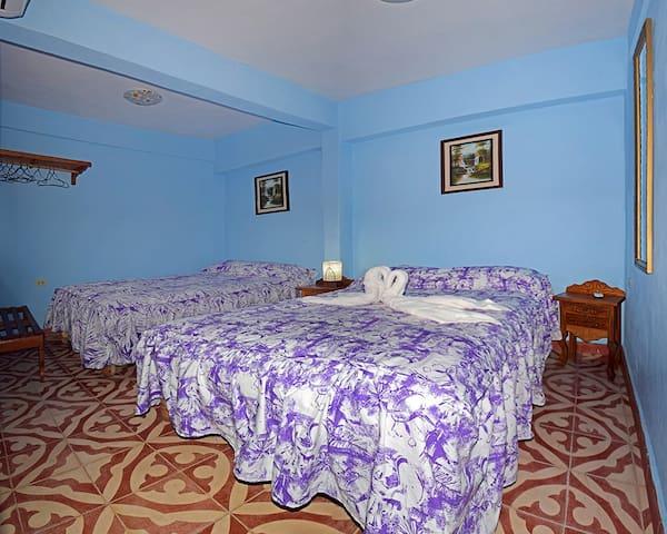 Beautiful Experience in Trinidad(room 5 +1 bath)