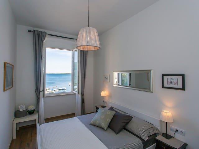 Luxurious sea view apartment Nina downtown Porec - Poreč - Appartement