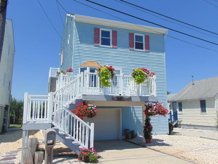 Cape May Beach House Oasis: Walk to Beach/Downtown