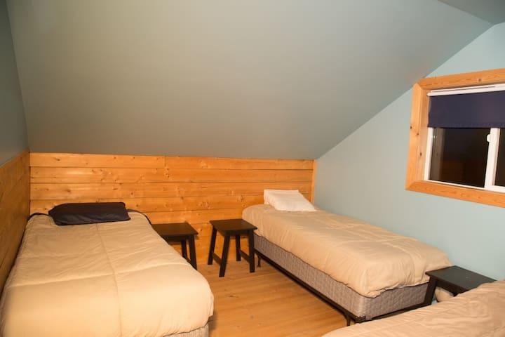 Illiamna cabin