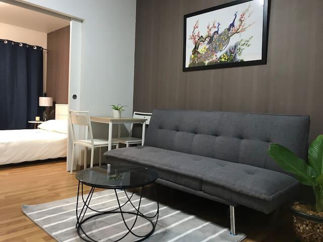 Cozy 1 Bedroom, BTS Wongwian Yai