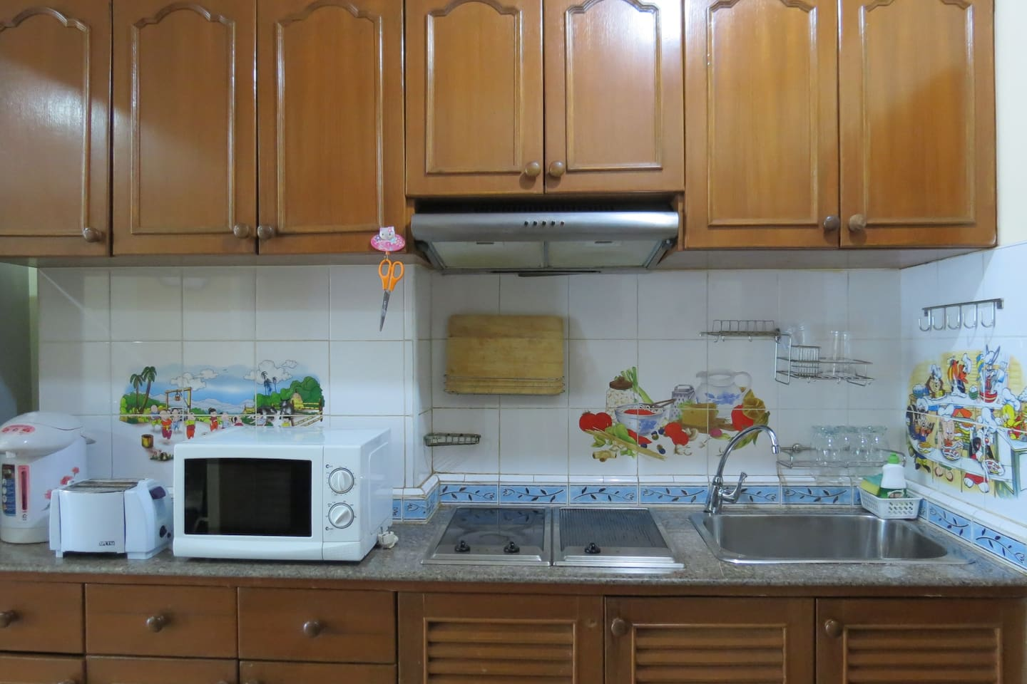 2 bedrooms - FREE WiFi/Electric/Cleaning everyday - Serviced ...