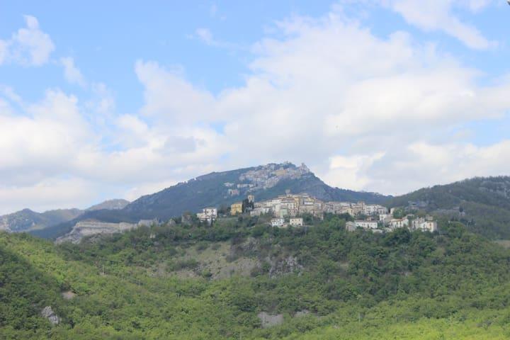 casa piccolina in montagna: Rosello - Rosello - Huis