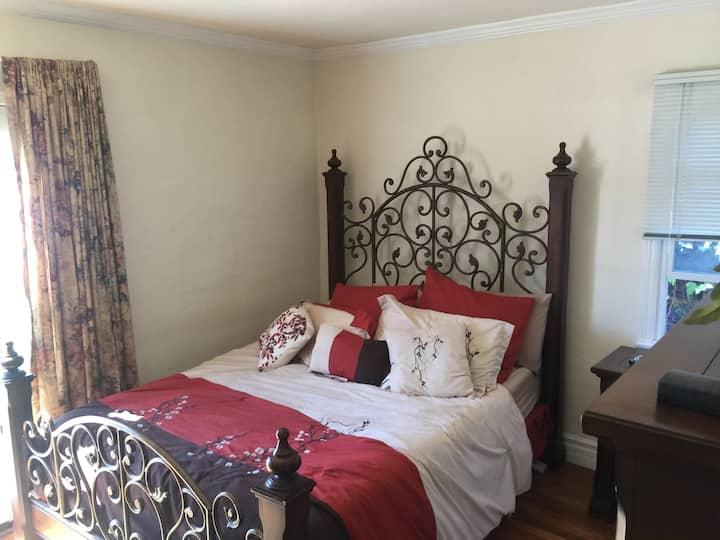 Cozy room close to the beach!