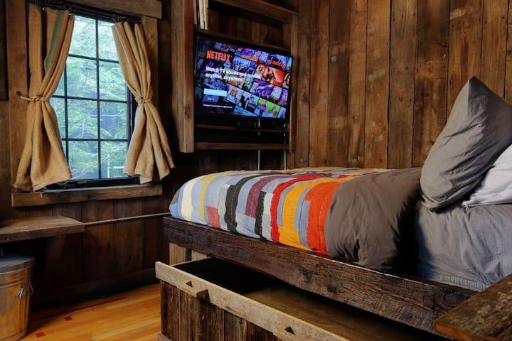 Fishing Cottage 2nd Bedroom Storage drawer under bed