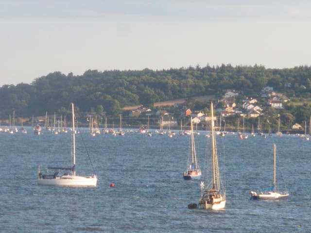 Lovely 2 bed apt above a traditional Devon pub - Lympstone - Apartament