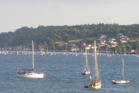 Lovely 2 bed apt above a traditional Devon pub - Lympstone - Appartement