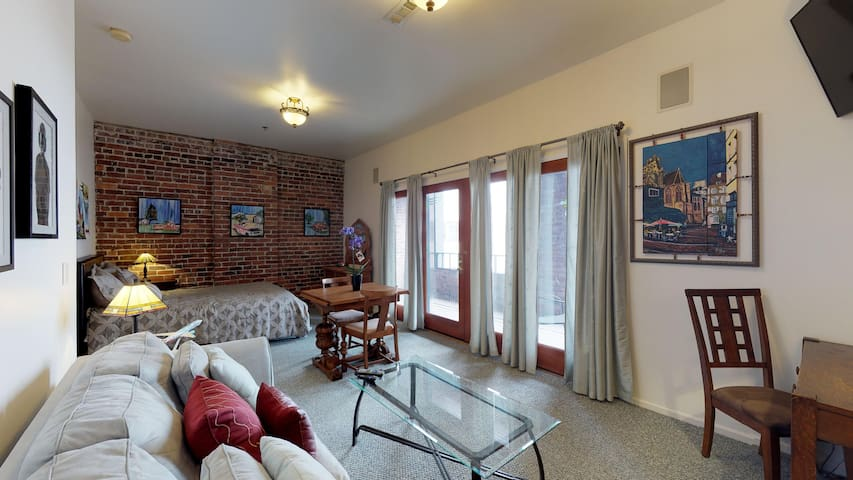 Beautiful Studio condo with large patio and french doors.