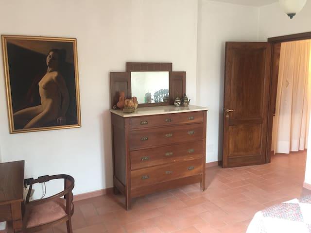 Fully detached villa close to the seaside. - Marina di San Vito - Villa