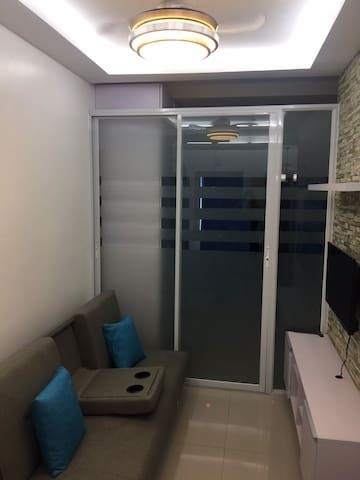 NEW Condo Unit near Eastwood City