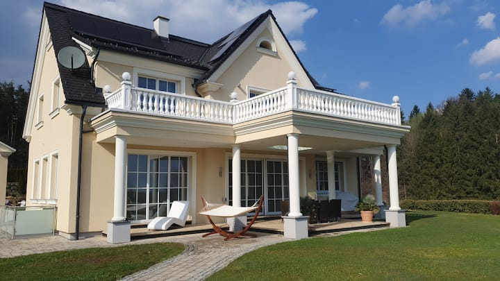 Stilvolles Haus mit 3 Zi. mit jeweils 1 Doppelbett
