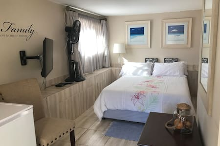Bluewater Bay Nautilus Low Cost Room