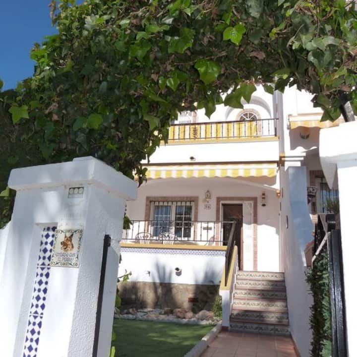 Beautiful 2 bed house in Los Dolses.