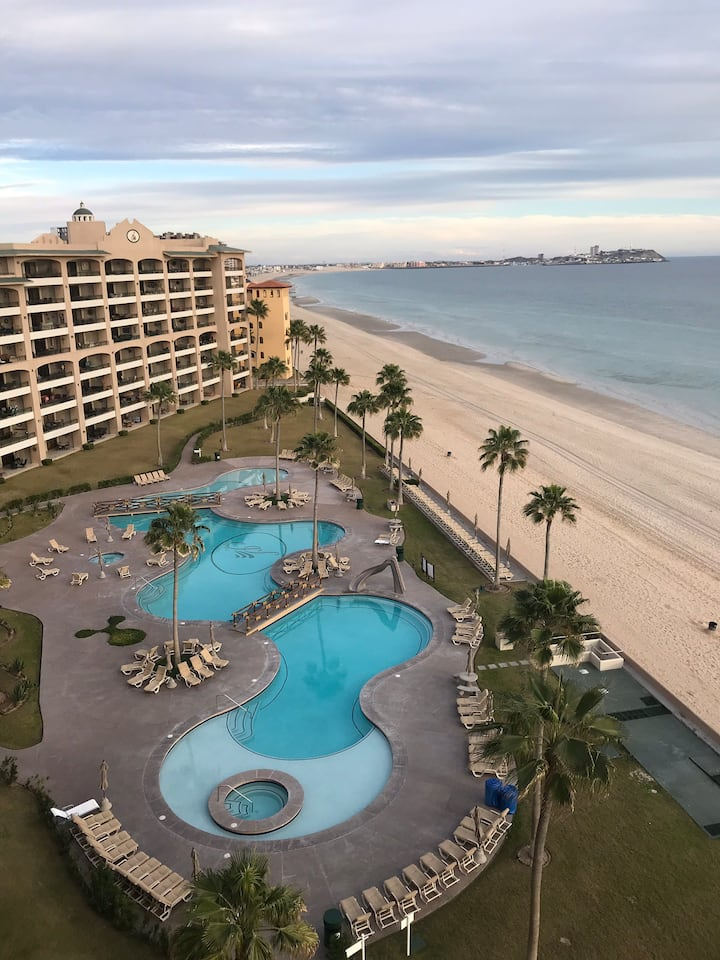 Sonoran Spa Sandy Beach 2 Bedrm Condo 2 king beds