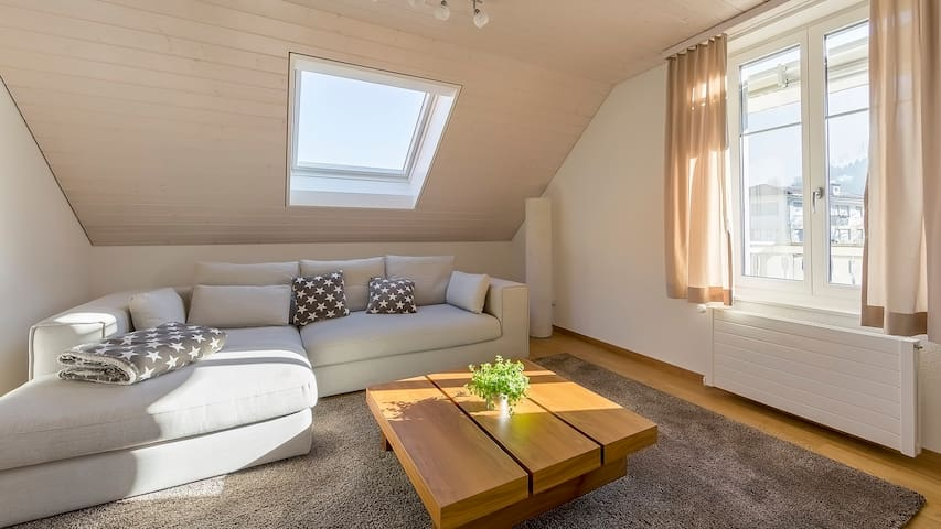 Home swiss home, Interlaken West - Interlaken - Apartment