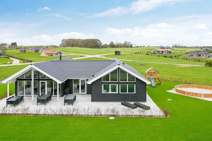 Lovely Holiday Home in Funen near Sea