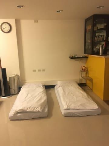 大通舖 最多8人 一人一床位 一位500 NT$500 for one people one bed - 新北市 - ที่พักพร้อมอาหารเช้า