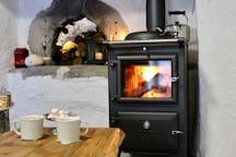 Repose bien avec le chaleur doux de votre cuisinière a bois