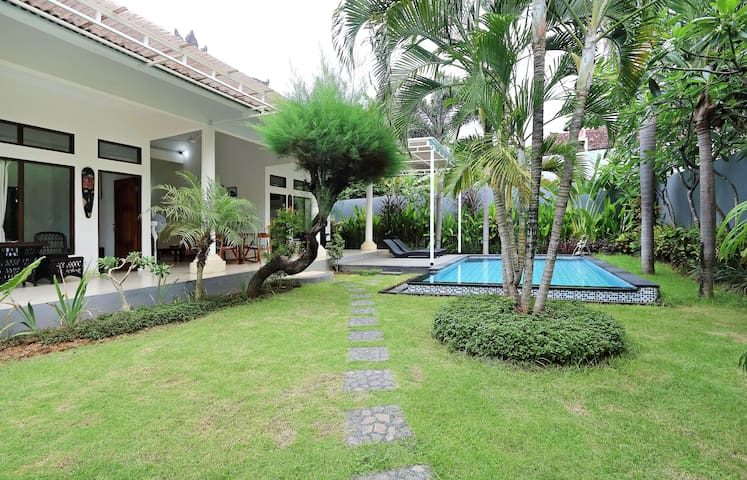 New Villa Sun 2bedrooms 2bth  Seminyak