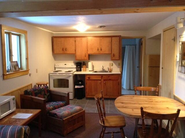 Cozy ski chalet located minutes from Okemo Lodge - Ludlow - Pis