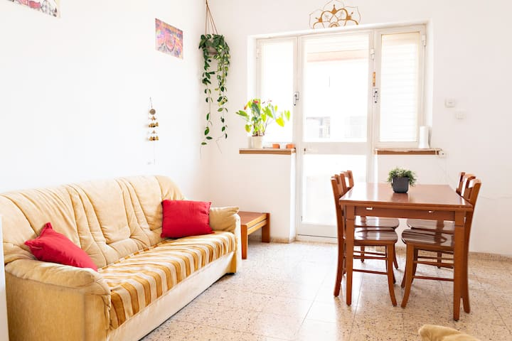 ✹Greenhouse- Private 2br in Market\Big and Sunny✹