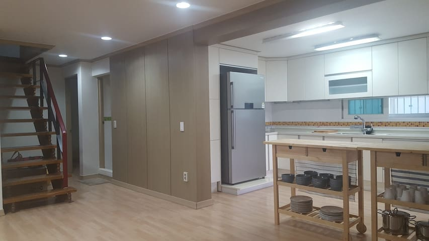 SEOUL FOREST TRIPLE ROOM